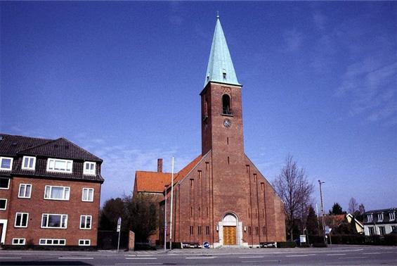 helleruplund-kirke