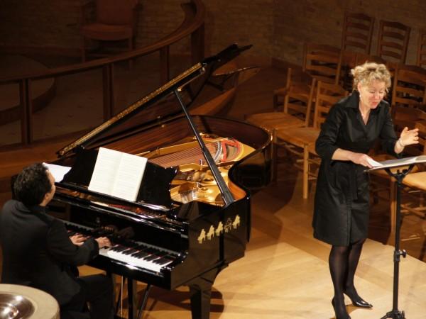 Henriette Bonde Hansen, sopran og Søren Rastogi, klaver